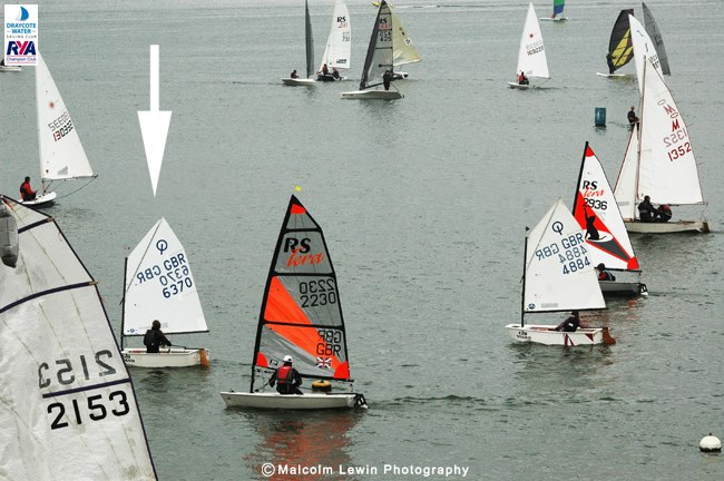 Here is start No.1 going off and out in front is Oppy 6370 - that's the eventual winner Katie Byne, showing 'intent'.